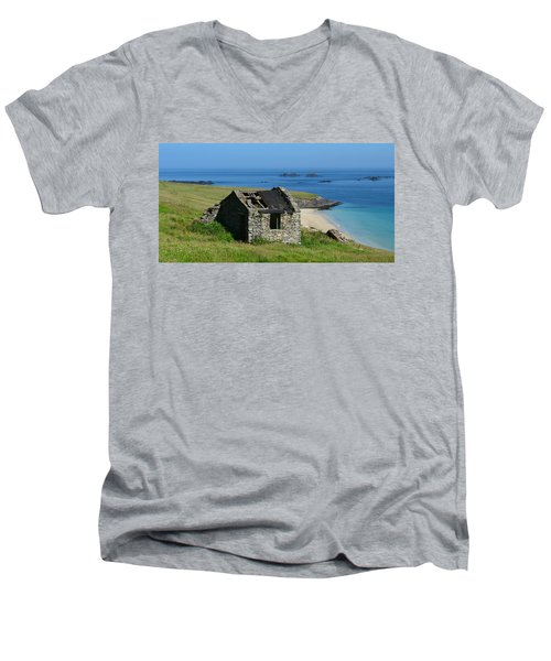 Blasket Island Men's V-Neck T-Shirt