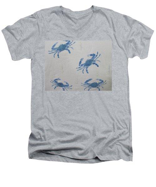 Blue Crabs On Sand Men's V-Neck T-Shirt