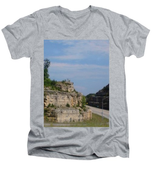 Branson Missouri Men's V-Neck T-Shirt