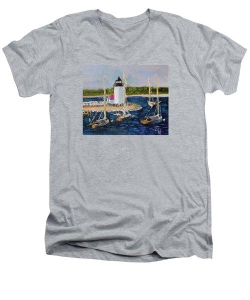 Brant Lighthouse Nantucket Men's V-Neck T-Shirt