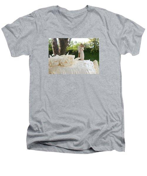 Bride And Groom Men's V-Neck T-Shirt