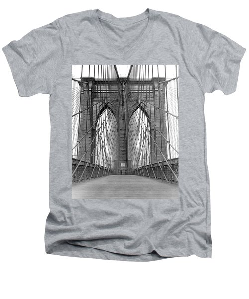 Brooklyn Bridge Promenade Men's V-Neck T-Shirt