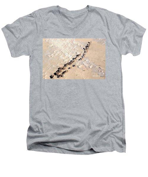 Camels Walking In Desert Men's V-Neck T-Shirt
