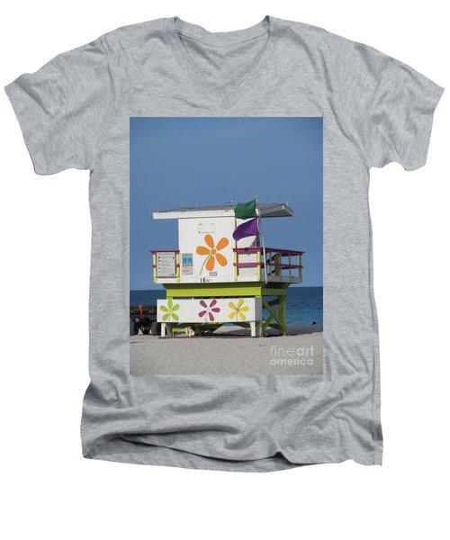 Casita De Playa Men's V-Neck T-Shirt