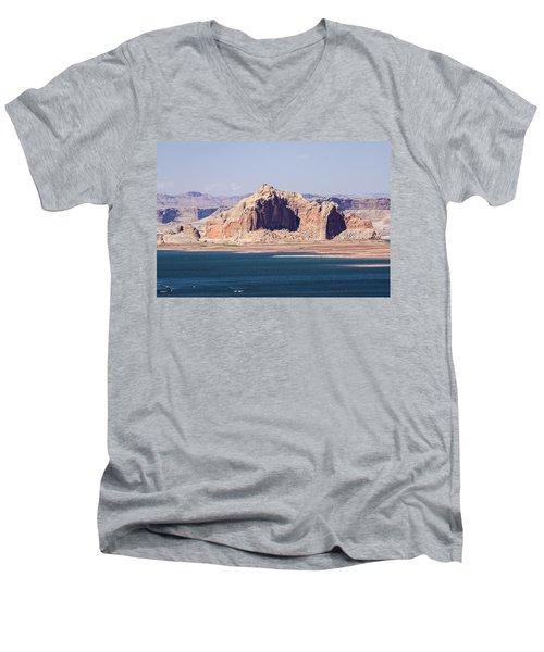 Castle Rock Men's V-Neck T-Shirt