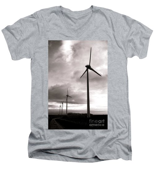 Catch The Wind Men's V-Neck T-Shirt