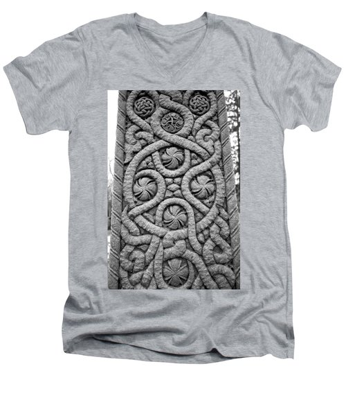 Celtic Cross Men's V-Neck T-Shirt