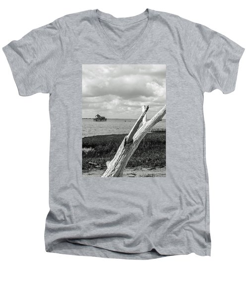 Chincoteague Oystershack Bw Vertical Men's V-Neck T-Shirt by Photographic Arts And Design Studio