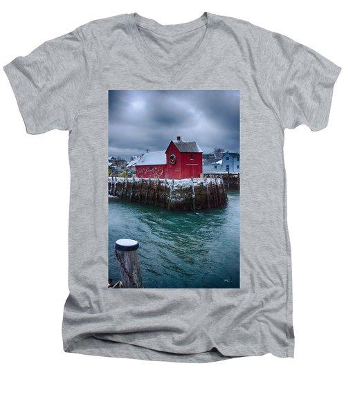 Christmas In Rockport Massachusetts Men's V-Neck T-Shirt