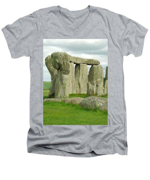 Circles Men's V-Neck T-Shirt