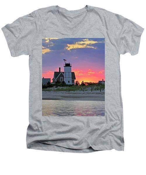 Cocktail Hour At Sandy Neck Lighthouse Men's V-Neck T-Shirt