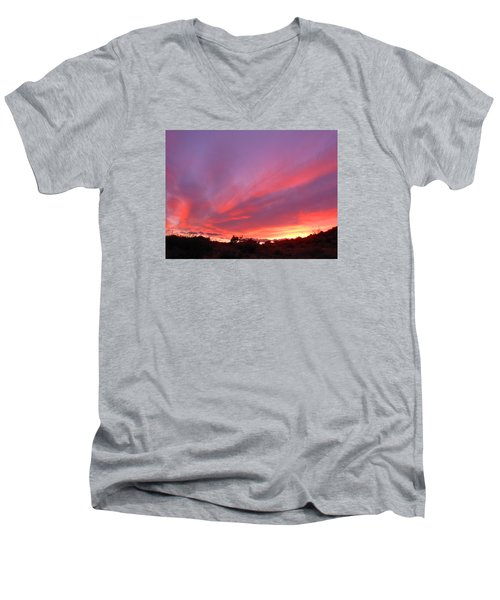 Colourful Arizona Sunset Men's V-Neck T-Shirt