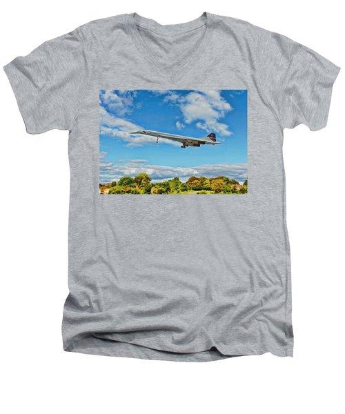 Concorde On Finals Men's V-Neck T-Shirt