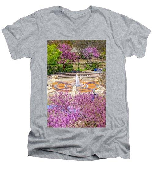 Coolidge Park Fountain In Spring Men's V-Neck T-Shirt