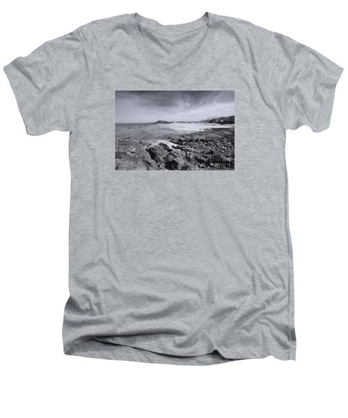 Cornwall Coastline 2 Men's V-Neck T-Shirt by Doug Wilton