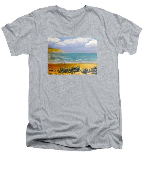 Corrimal Beach Men's V-Neck T-Shirt