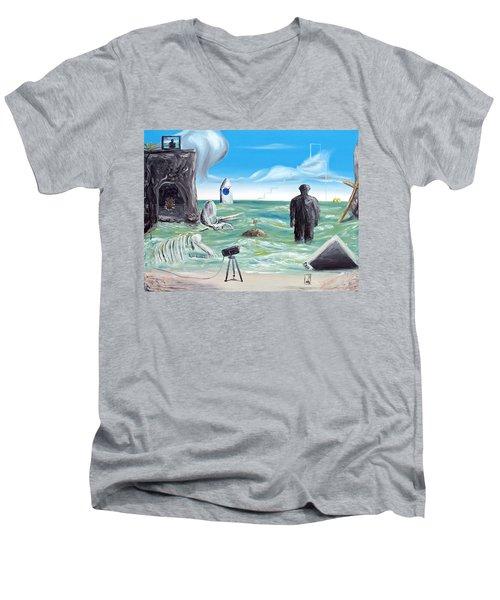Cosmic Broadcast -last Transmission- Men's V-Neck T-Shirt
