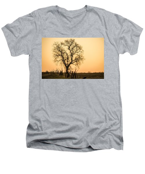 Country Fence Sunset Men's V-Neck T-Shirt