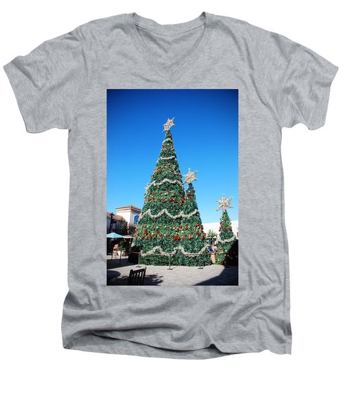 Courtyard Christmas Men's V-Neck T-Shirt