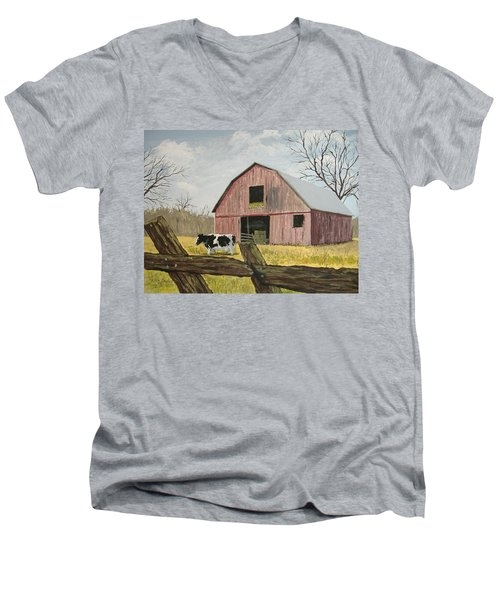 Cow And Barn Men's V-Neck T-Shirt