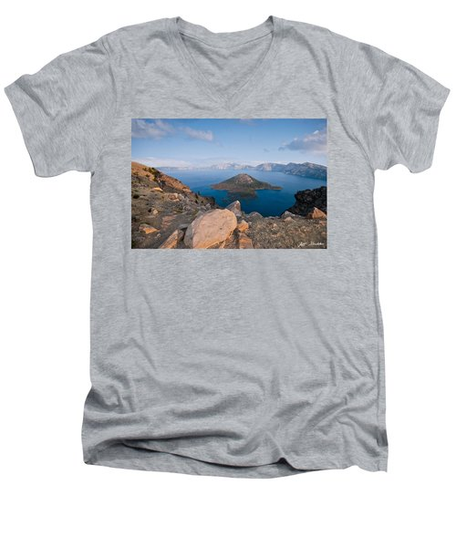 Crater Lake In The Evening Men's V-Neck T-Shirt