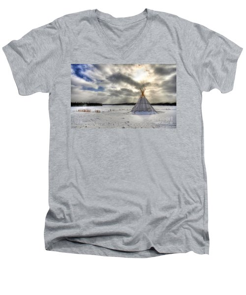 Cree Tepee Men's V-Neck T-Shirt