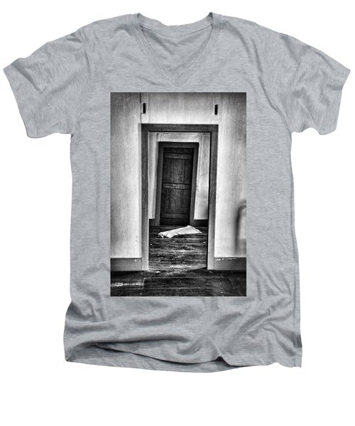 Crooked Door Men's V-Neck T-Shirt