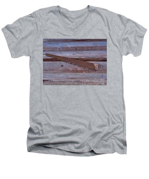 Crosscut Saw Men's V-Neck T-Shirt