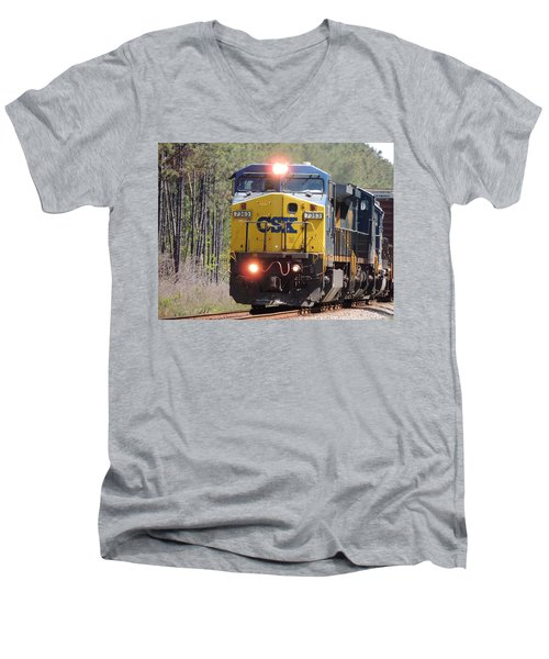 Csx 7363 Men's V-Neck T-Shirt