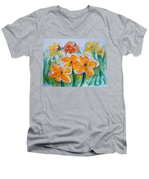 Daffies Men's V-Neck T-Shirt