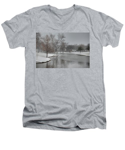 Dallas Snow Day Men's V-Neck T-Shirt