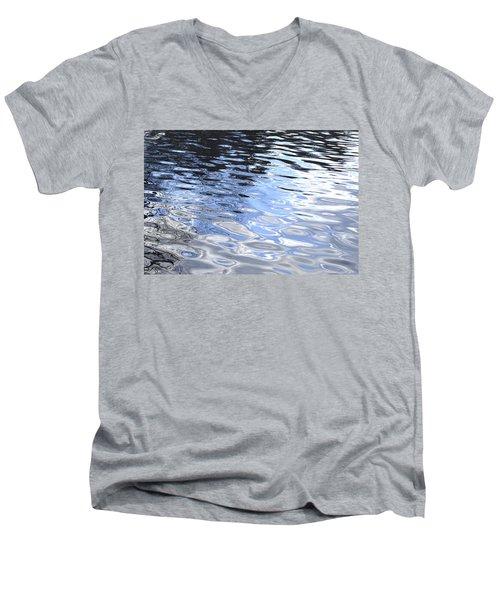 Darkness To Light Men's V-Neck T-Shirt