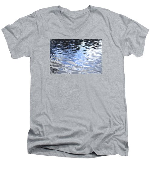 Darkness To Light Men's V-Neck T-Shirt