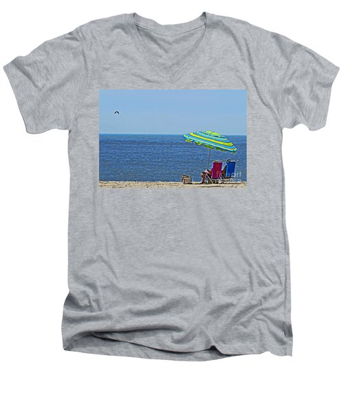 Daytime Relaxation Men's V-Neck T-Shirt