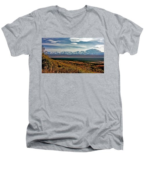 Men's V-Neck T-Shirt featuring the photograph Denali Colors by Jeremy Rhoades