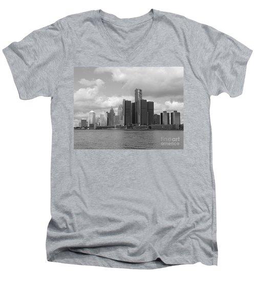 Detroit Skyscape Men's V-Neck T-Shirt