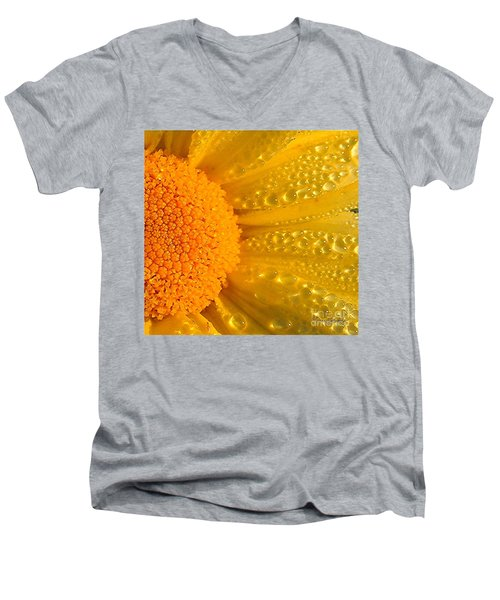 Men's V-Neck T-Shirt featuring the photograph Dew Drops On Daisy by Terri Gostola