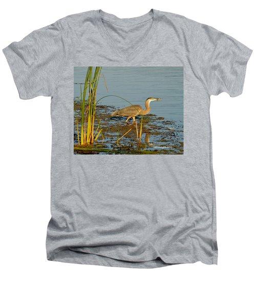 Dinner Men's V-Neck T-Shirt