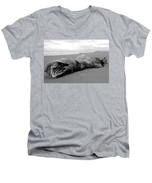 Drifter II Men's V-Neck T-Shirt