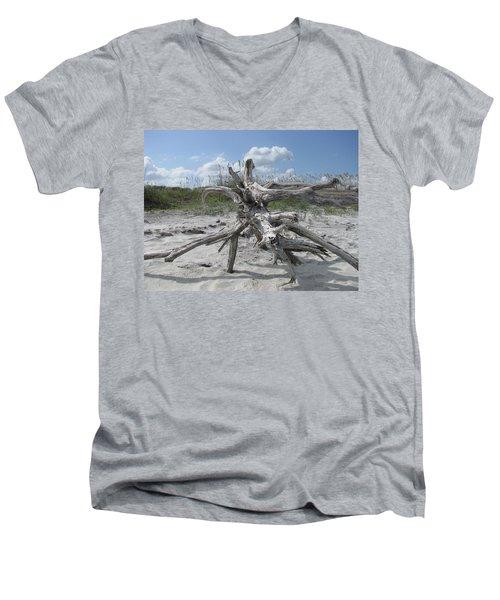Driftwood Tree Men's V-Neck T-Shirt