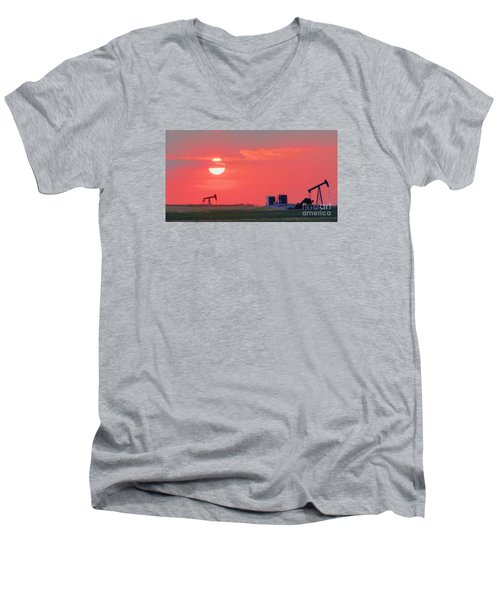 Men's V-Neck T-Shirt featuring the photograph Rising Full Moon In Oklahoma by Janette Boyd