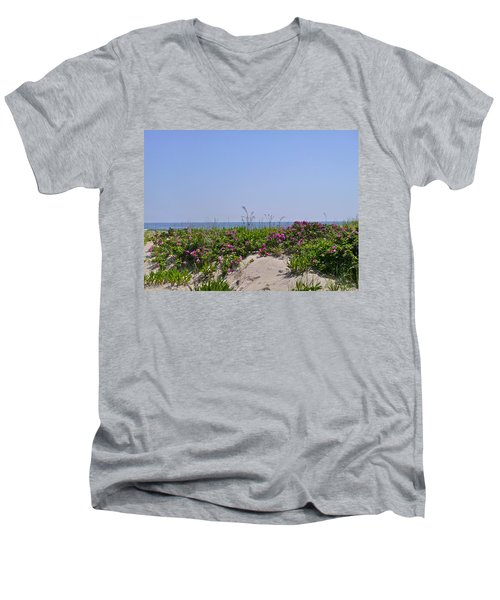 Dune Roses Men's V-Neck T-Shirt