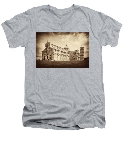 Men's V-Neck T-Shirt featuring the photograph Duomo And Tower by Hugh Smith