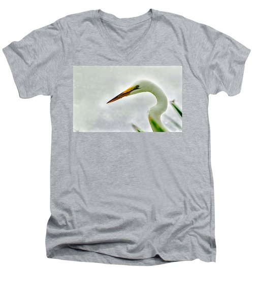 Egret Close-up Men's V-Neck T-Shirt