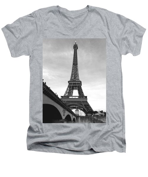 Eiffel Classic Men's V-Neck T-Shirt