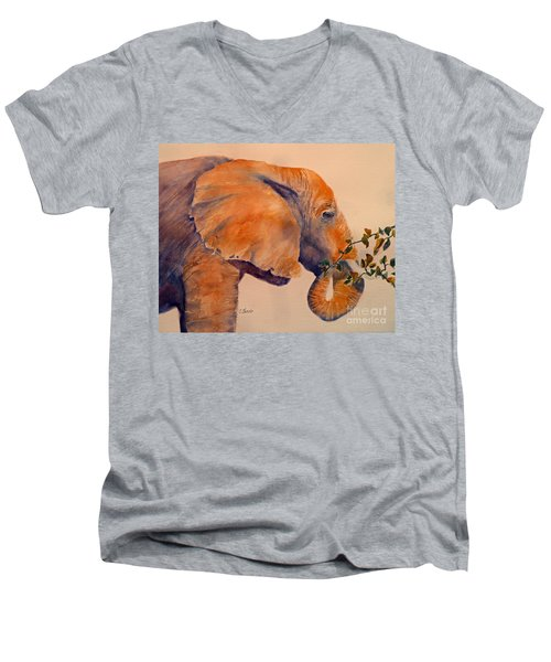 Elephant Eating Men's V-Neck T-Shirt