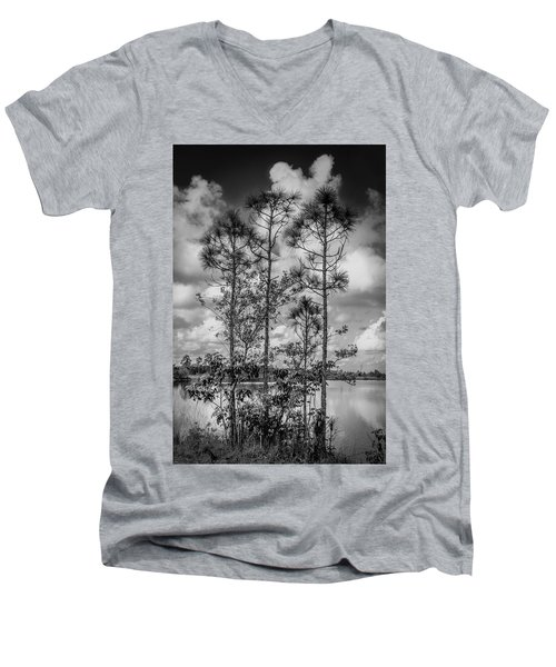 Everglades 0336bw Men's V-Neck T-Shirt