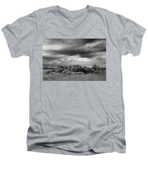 Everglades Storm Bw Men's V-Neck T-Shirt