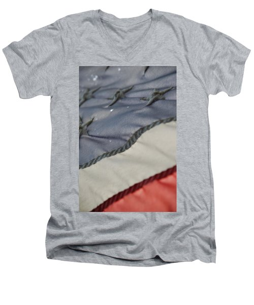 Faded Glory Men's V-Neck T-Shirt