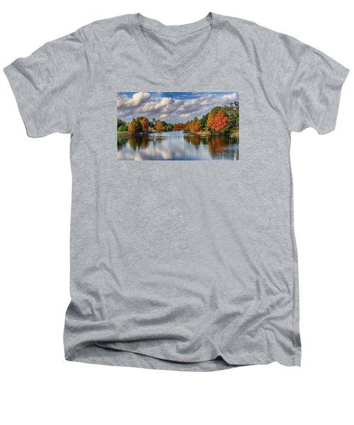 Fall In Florida Men's V-Neck T-Shirt